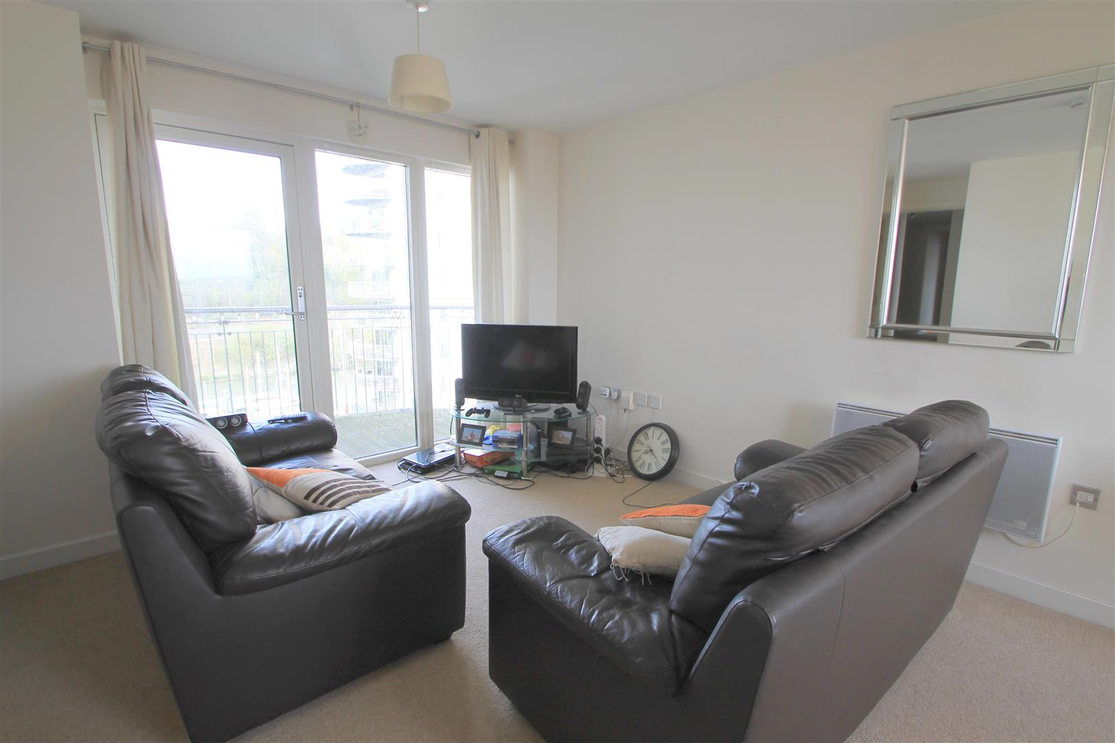 2 Bedrooms Apartment Flat for sale in Victoria Wharf, Watkiss Way, Cardiff Bay
